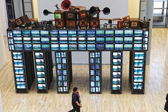 Instalación. En Seúl se respira creatividad. Aquí, una obra de Nam June Paik, considerado el padre del videoarte. Foto: Corbis