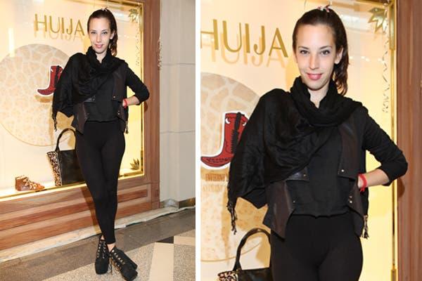 Vera Spinetta eligió el total black para ir a conocer la nueva temporada de Huija. Foto: Mass PR