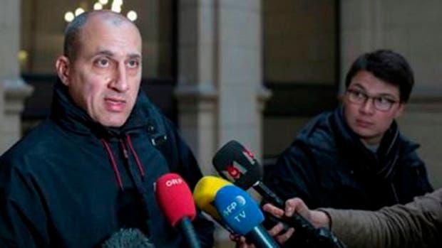 FRANCIA: Condena a