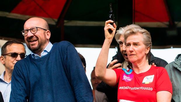 Charles Michel junto a la Princesa Astrid en el momento del disparo