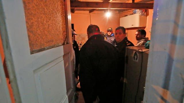 La policía al ingresar al lugar donde estaba viviendo