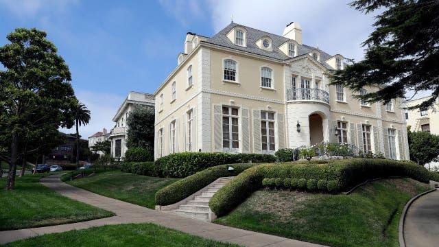 Una de las mansiones de Presidio Terrace
