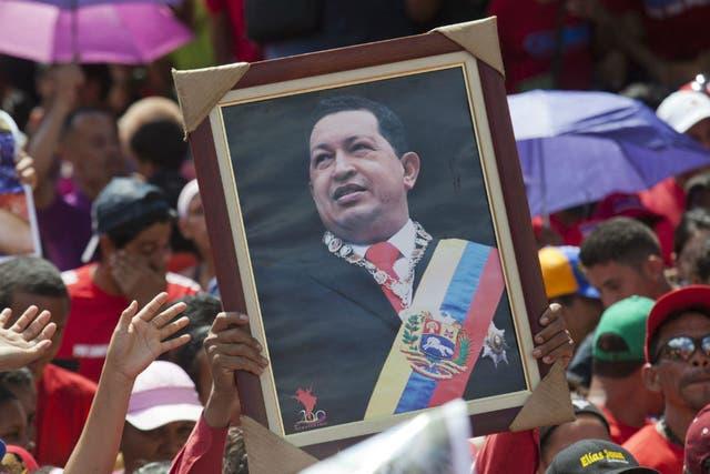 Chávez implementó el control de cambios en su país en 2003, luego de la crisis económica del año anterior