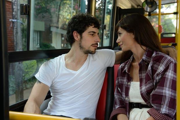 Nina y Renzo a un paso de entregarse al romance.