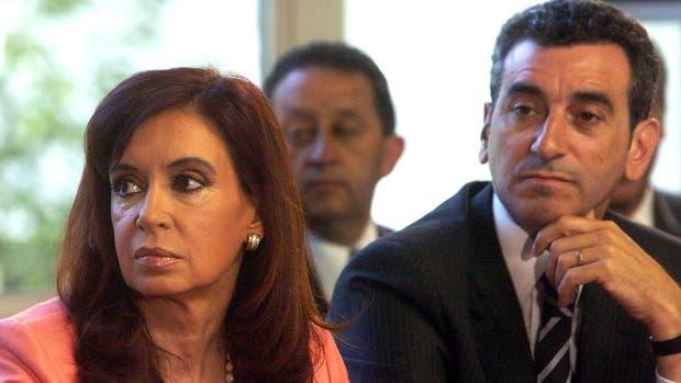 """Cristina inscribió la alianza """"Unidad Ciudadana"""" y Randazzo competirá en el """"Frente Justicialista"""""""