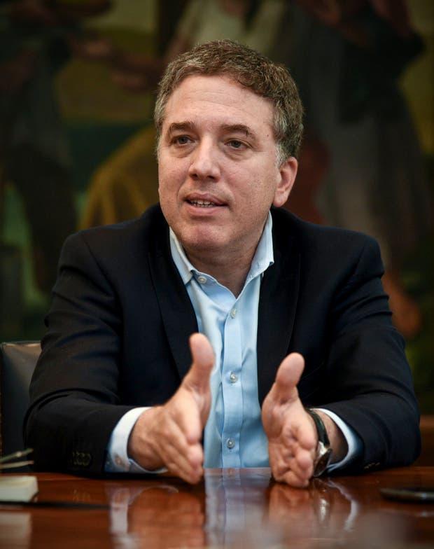 """Nicolás Dujovne: """"No nos creemos los dueños de la verdad"""""""