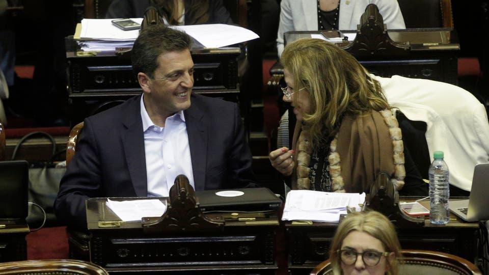 El diputado nacional Sergio Massa y la diputada nacional Graciela Camaño. Foto: Hernán Zenteno