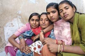 Kaima y sus mejores amigas, en Phalodi, India