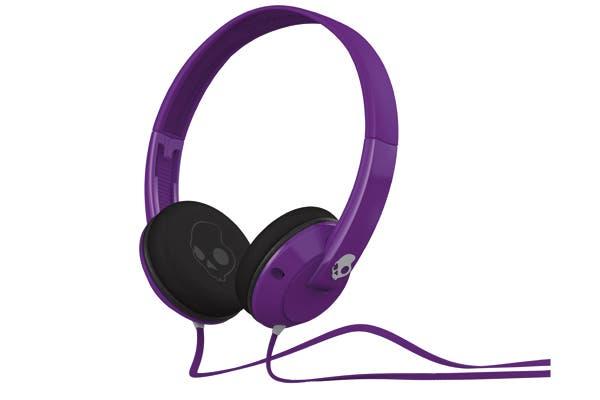 Headphones (Compumundo, $399) Para escuchar música al aire libre.