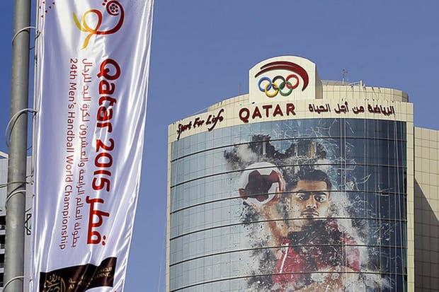 La promocioón del Mundial de handball, omnipresente en Doha