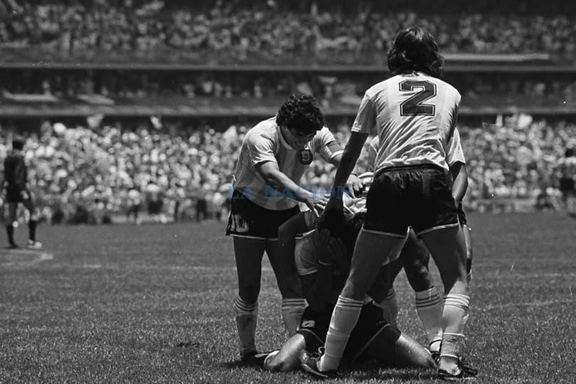 El festejo del gol del Tata Brown ante Alemania. Foto: LA NACION / Antonio Montano
