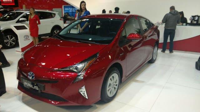 El Toyota Prius es el emblema de la marca japonesa en el segmento de los autos híbridos.