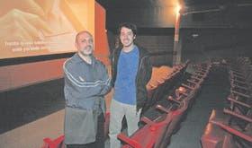 Alejandro Lingenti y Juan Villegas, los directores de Ocio -que se estrenará pasado mañana- en la remozada sala principal