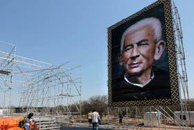 Cuando termine la misa, Brochero pasará a ser el octavo argentino en integrar la lista de beatos de la Iglesia