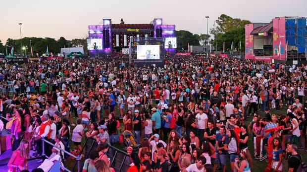 Una multitud reunida para disfrutar del Personal Fest