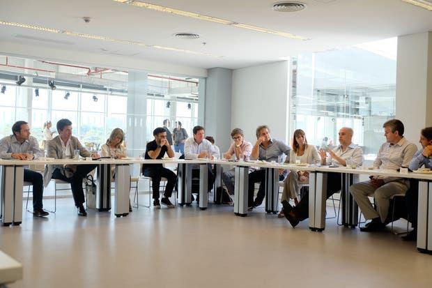 La mesa de innovación, reunida en el puntapié del proyecto