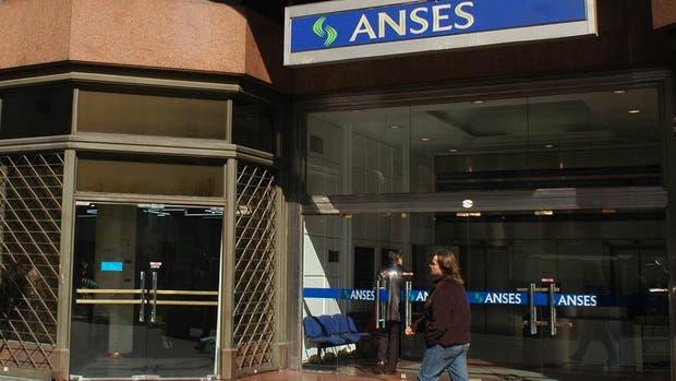 Intentarán aprobar en agosto la extensión de créditos de la Anses