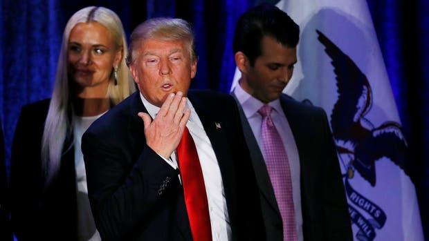 Donald Trump consigue 1600 millones de dólares para construir el muro en México