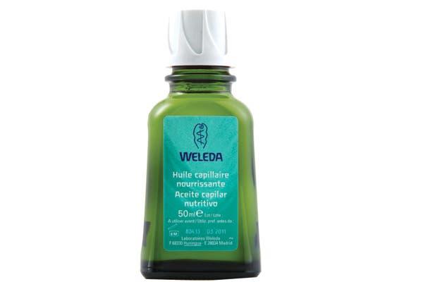 Aceite nutritivo capilar para revitalizar cabello secos (Weleda, $56).