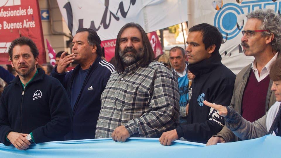 Los gremios docentes denunciarán ante la OIT el decreto de Macri