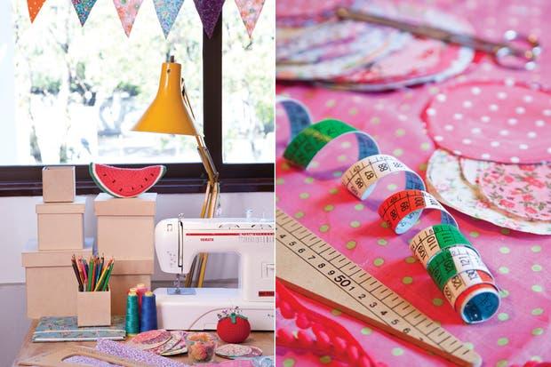 En La Merienda hay banderines de tela elaborados por Carolina y Carla, cajas de madera que luego forrarán con tela y retazos que guardan para crear nuevos productos..