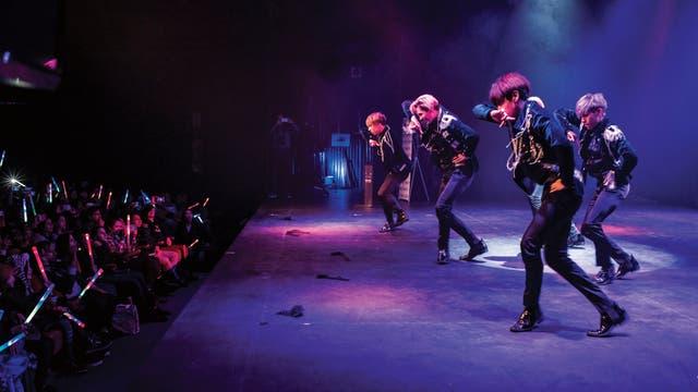 Los LFB-K, de Bolivia, sueñan con bailar en la competencia mundial que se realiza en Seúl. El primer paso fue ganar la final latinoamericana
