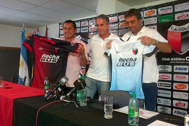 Diego Osella asumió como nuevo DT de Colón