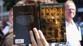 """La Feria del Libro confirmó que los jóvenes leen """"mucho"""" y porque quieren"""