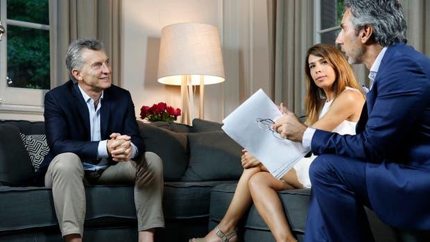 Juan Miceli y Dolores Cahen D'Anvers en la entrevsita a Mauricio Macri, que saldrá mañana, a las 19:30, por LN+
