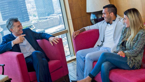El presidente Mauricio Macri se reunió con Carlos Tevez en China