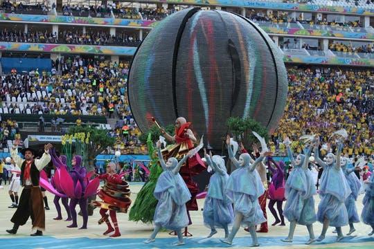 Con una ceremonia inaugural austera, el Mundial dio el puntapié inicial. Foto: LA NACION / Sebastián Rodeiro / Enviado especial
