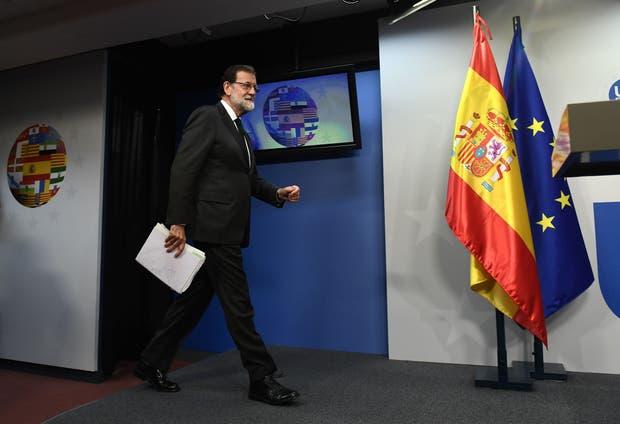 Rajoy, ayer, en el cierre de la cumbre de líderes europeos, en Bruselas