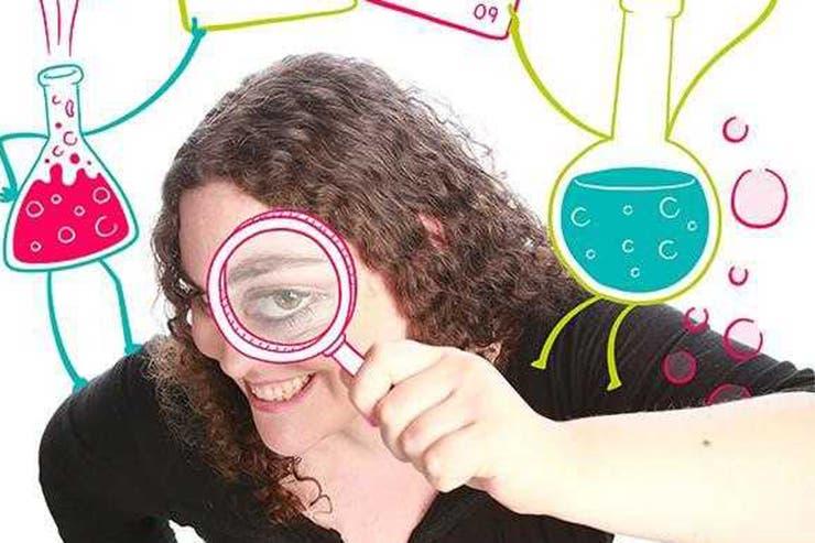 Valeria Edelsztein (35) es doctora en Química, diplomada en Enseñanza de las Ciencias e investigadora adjunta del Conicet