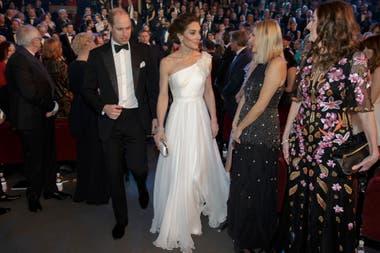 El principe William junto a la duquesa de Cambridge. El heredero de la corona es el presidente de la Academia de cine británica