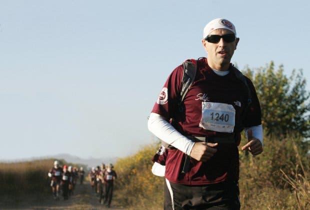 50 km por los cerros salteños, o la carrera en la que un escritor se convirtió en ultramaratonista. Ascenso, derrumbe y resurrección en una aventura con las uñas partidas.
