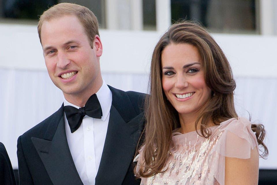 De punta en blanco: Kate es considerada una de las princesas más hermosas de Europa y Guillermo se muestra siempre muy orgulloso de su esposa. Foto: /Getty Images