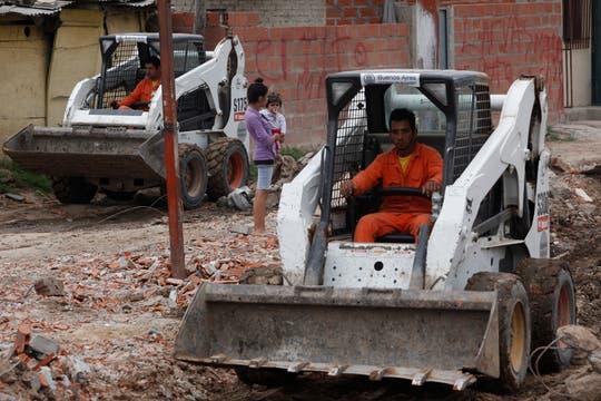El Gobierno decidió liberar la traza del tren Belgrano Cargas, sobre la que habían sido construidas viviendas pertenecientes a la villa 31. Foto: LA NACION / Maxie Amena