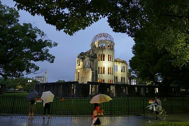 En 1949, cuando Hiroshima fue designada oficialmente como Ciudad de la Paz internacional, Shinji decidió donar el reloj al Monumento de la Paz