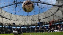 Solidez, dinámica y valla invicta: Estudiantes llega en el mejor estado posible al clásico con Gimnasia