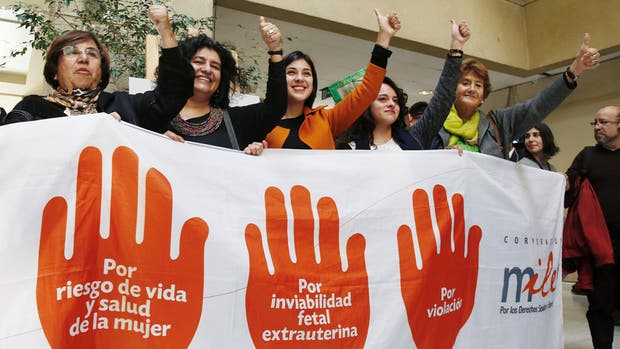 Chile da un paso histórico y despenaliza el aborto