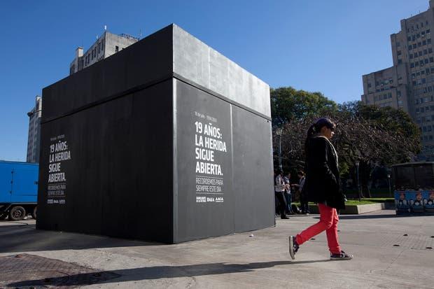 La instalación de AMIA en Plaza Houssay