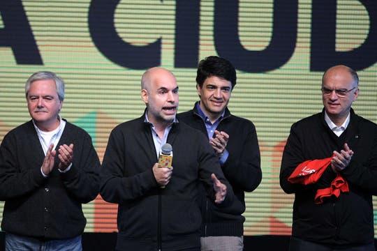 El búnker se llenó de euforia con los resultados del ballottage, que le permitieron a Macri renovar su gestión en la ciudad. Foto: lanacion.com / Prensa Pro