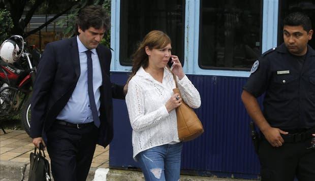 Luciana Báez, al ir a declarar a los tribunales de Comodoro Py