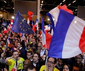 El festejo de los seguidores de Macron