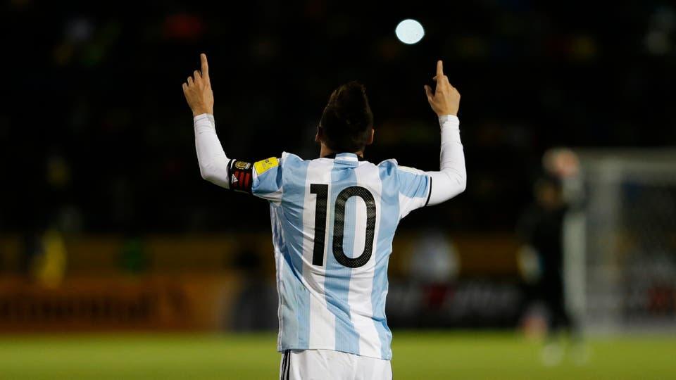 Lionel Messi, el gol del cierre del mejor jugador del mundo nos dio el pase al mundial. Foto: Fabián Marelli