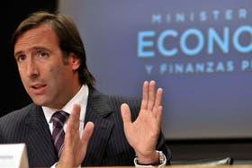 El ministro Hernán Lorenzino, al anunciar el jueves que apelará el fallo
