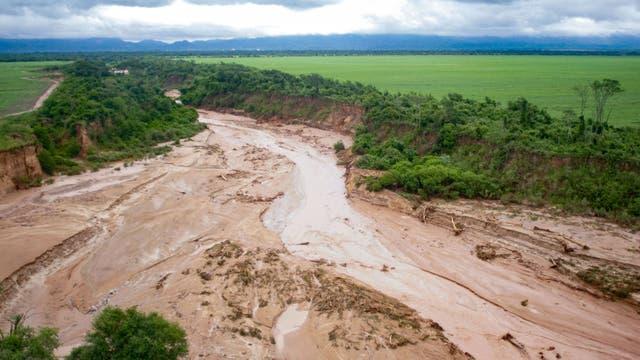 Graves inundaciones en Tartagal, Salta