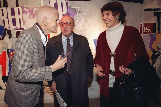 """Inauguración de la muestra """"La rebelión de los gerontes"""", 1997. Foto: Archivo"""