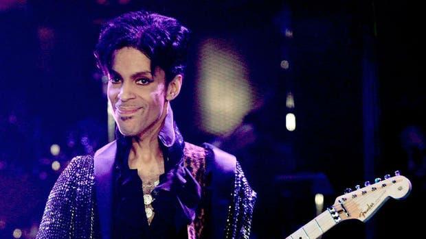 Prince nos dejó pero su halo de misterio permanece intacto en Paisley Park