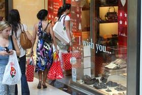 Los descuentos en shoppings porteños comienzan a partir de las 6 de la tarde